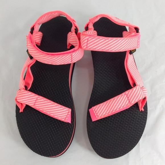 eb6567ae2b Teva Shoes | Flatform Universal Coral Size 8 Sandals | Poshmark